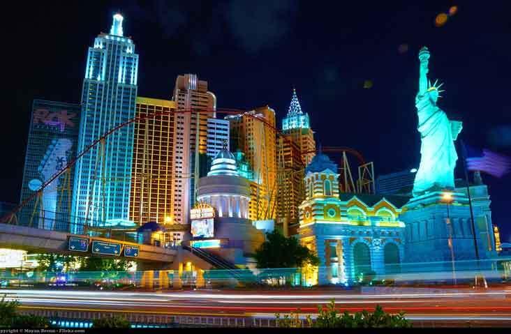 Vegas-2-Crop-732